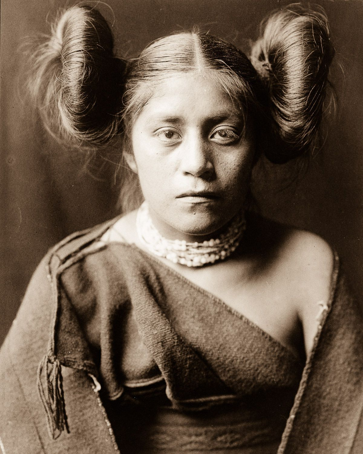 A Tewa girl,  1906.  ©EDWARD S. CURTIS/LIBRARY OF CONGRESS