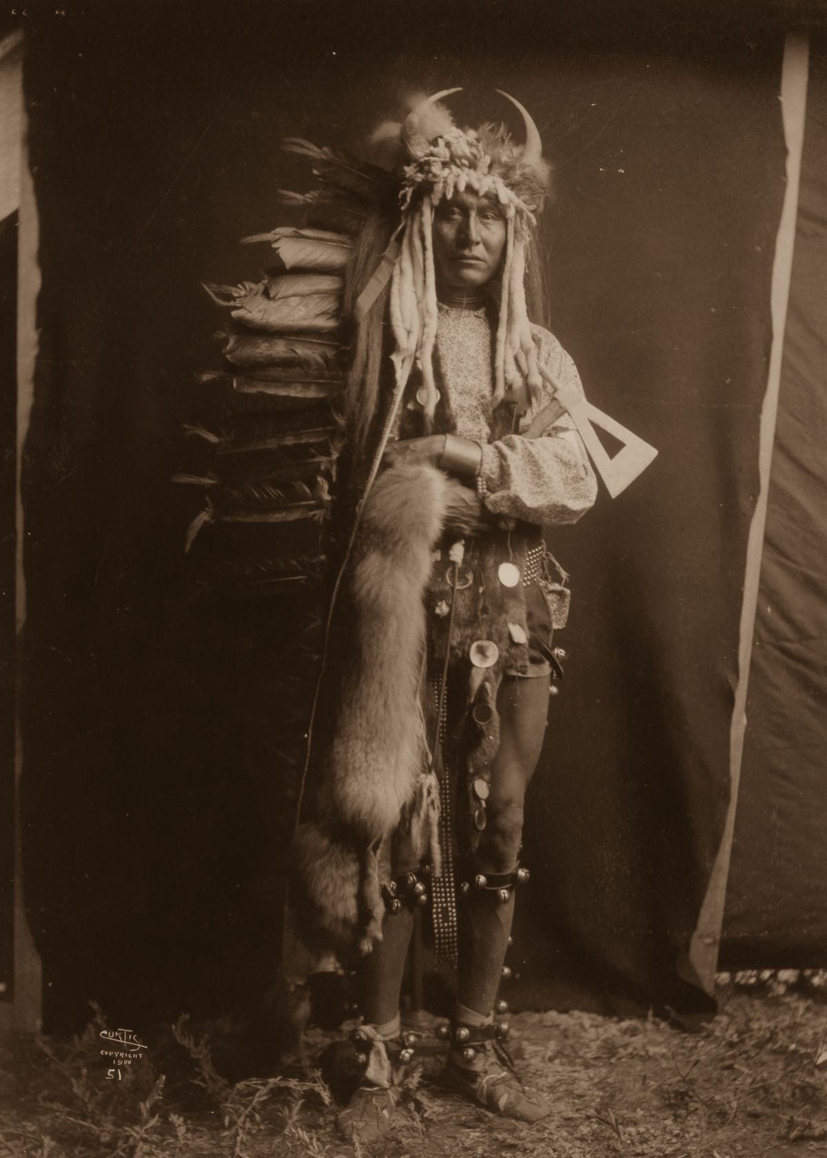 Iron Breast, a Piegan man,  1900.  ©EDWARD S. CURTIS/LIBRARY OF CONGRESS