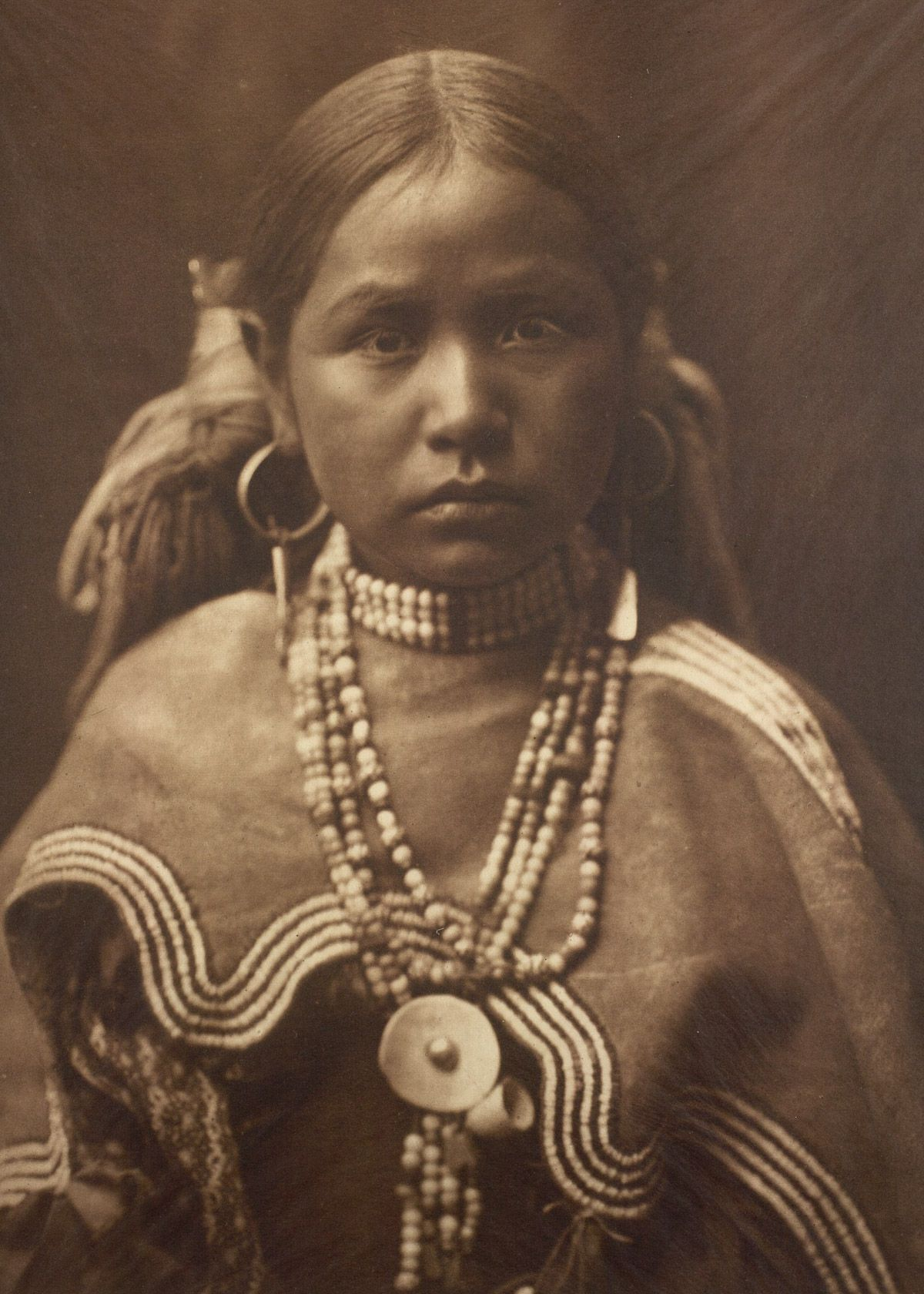 A Jicarrilla girl,  c.1910  ©EDWARD S. CURTIS/SMITHSONIAN INSTITUTION