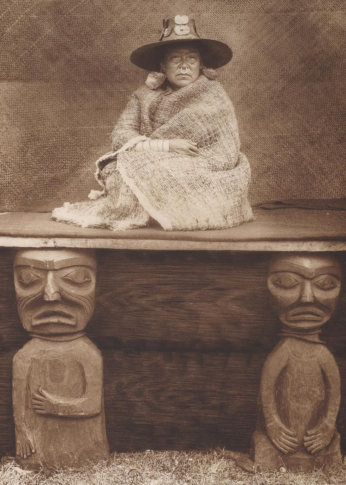 A Kwakiutl chief's daughter,  1910.  ©EDWARD S. CURTIS/LIBRARY OF CONGRESS