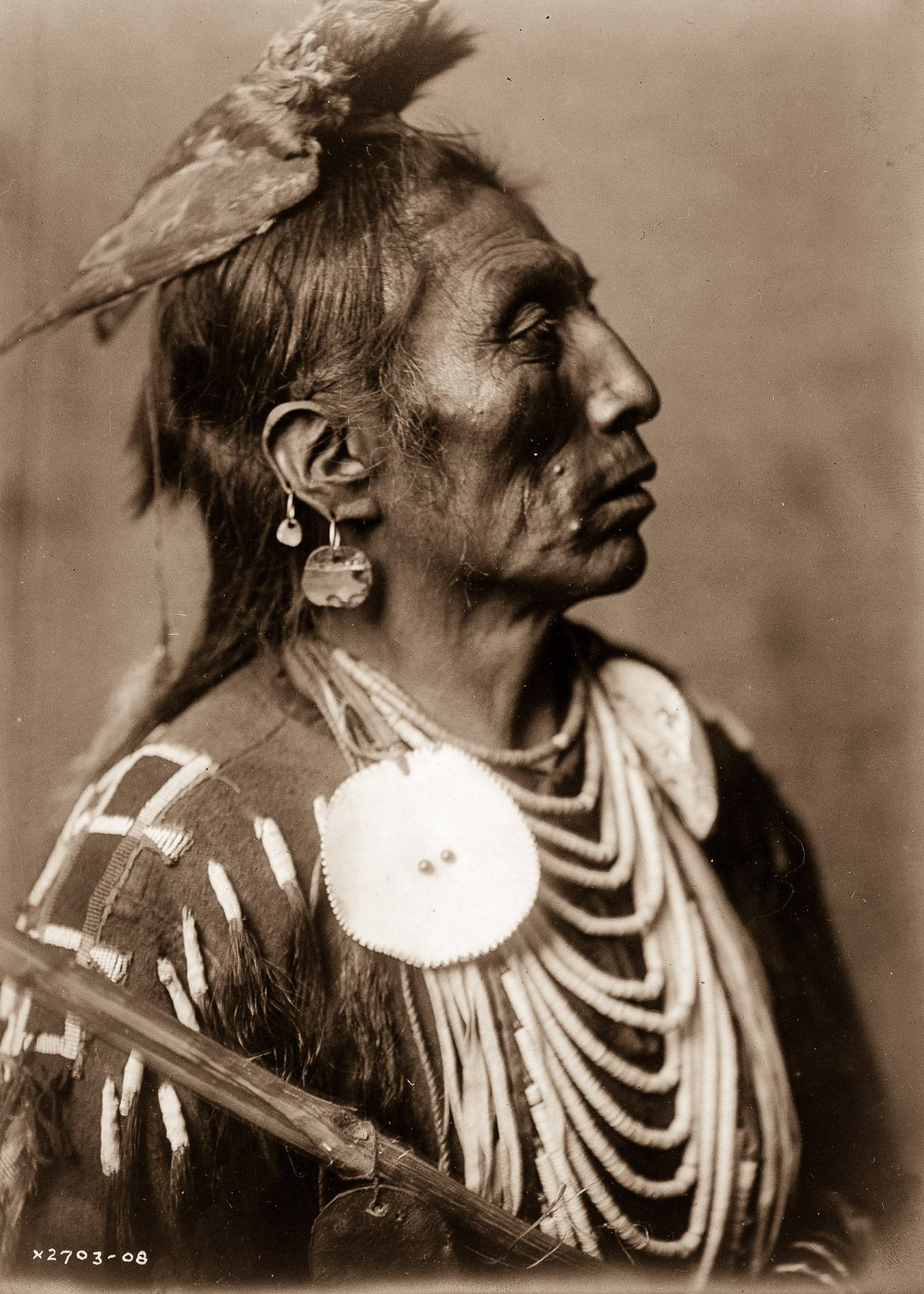 1908 Medicine Crow, of the Apsaroke tribe. IMAGE- EDWARD S. CURTIS:LIBRARY OF CONGRESS.jpg