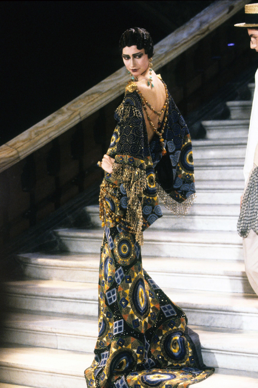 CHRISTIAN DIOR Spring 1998 Couture  via Vogue Runway