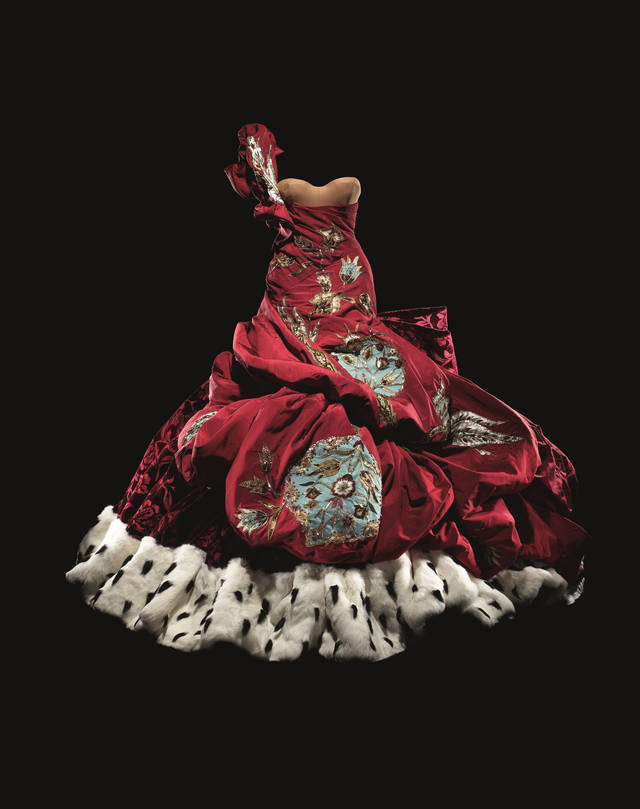Christian Dior by John Galliano (b.1960), embroidered silk dress with Swarovski crystals, Haute Couture, Autumn/Winter 2004. Dior Héritage collection, Paris. Photo © Laziz Hamani