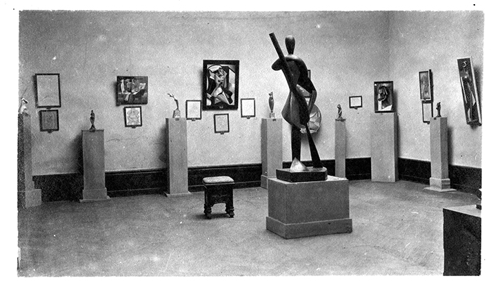 Installation view, Venice Biennale, 1920; image courtesy of The Archipenko Foundation