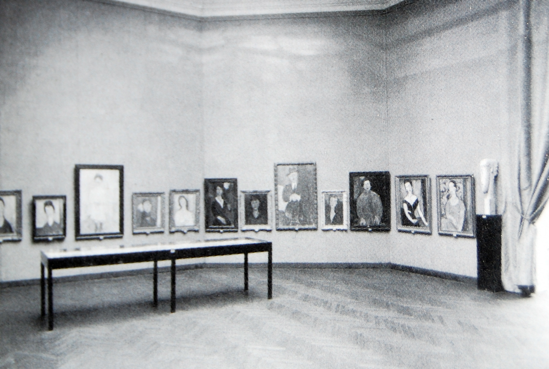 Hall of the Venice Biennale in 1930 dedicated to Amedeo Modigliani.
