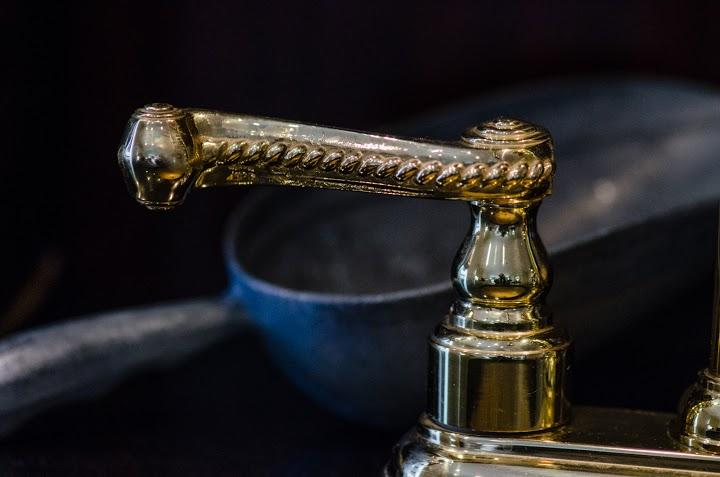 faucets_Sachs.jpg