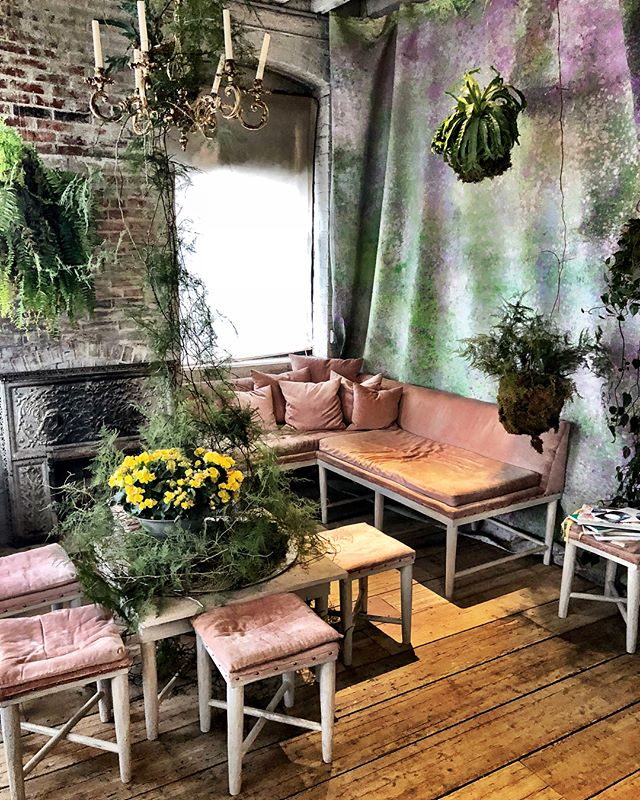 Incredible secret tea place in Greenpoint :) so happy #greenpoint #tea #beautiful #design #photography #dwell #newyork @bellocq  #bellocqteaatelier