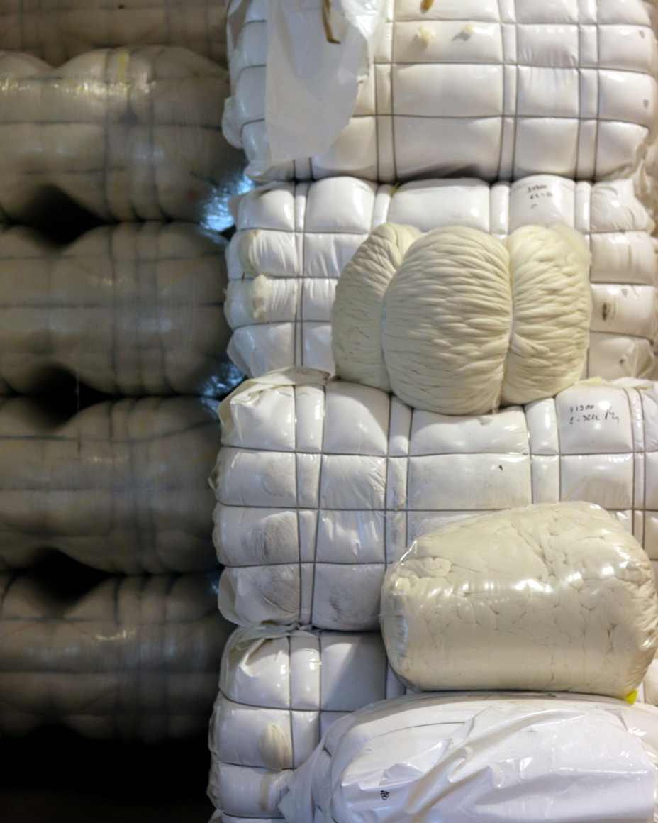 Raw wool after cleaning and washing contains about 5% lanolin.