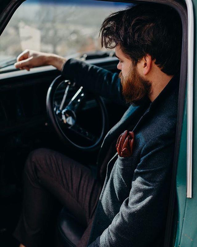 Start your journey #1701bespoke #detroit • • • • • #bespokesuit #bespoketailoring #sartoria #suited #menwithclass #gentlemanstyle #mensaccessories #tailor #styleformen #suitstyle #detroystylist #detroitlove #introfashion #rawdetroit #mensfashiontips #bespoketailoring #sprezzatura #styleiswhat #guyswithstyle #suited #sprezzatura #sumisura