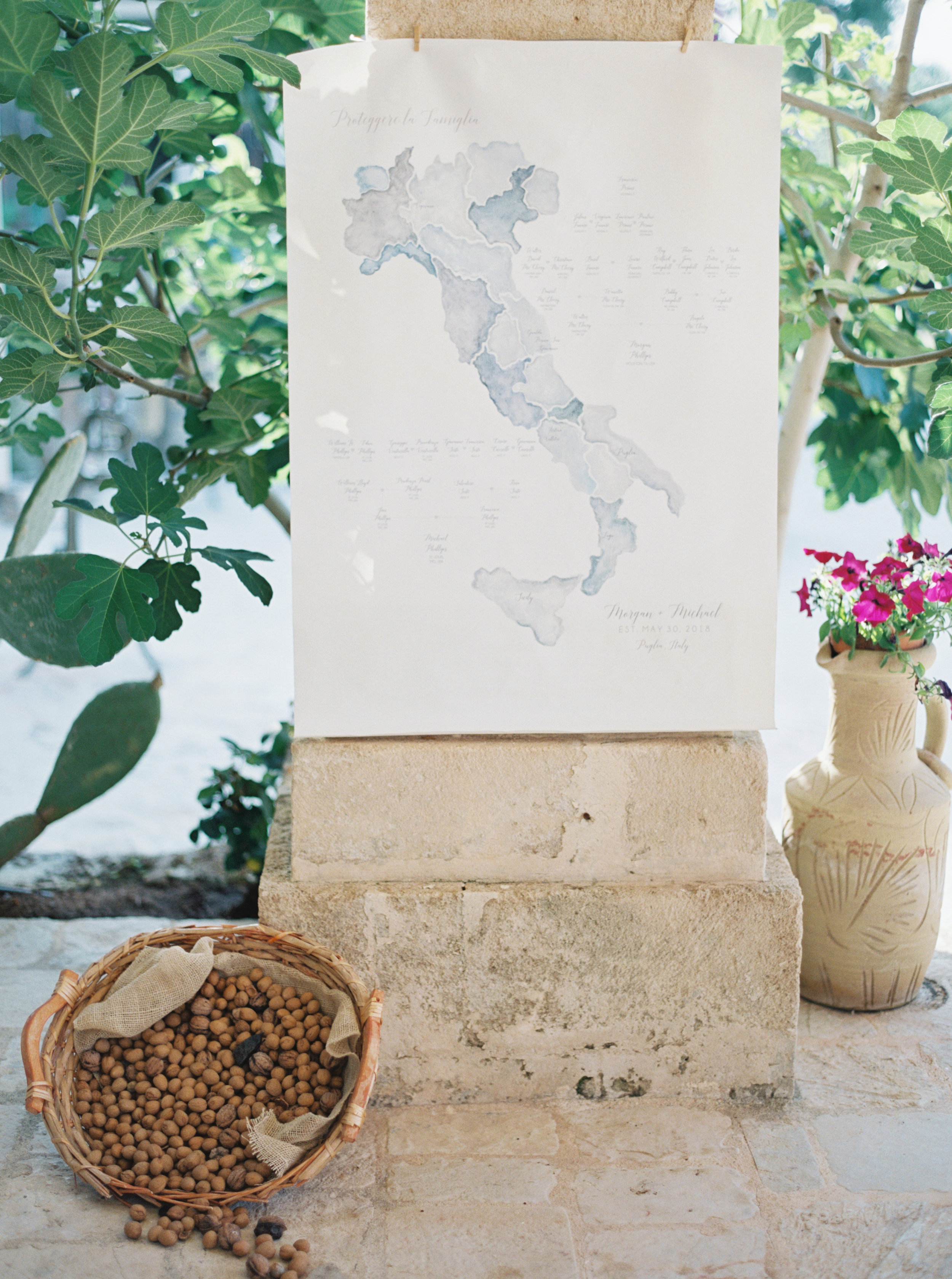 Southern Italy destination wedding, photographed in Puglia by Dallas destination wedding photographer Tracy Enoch