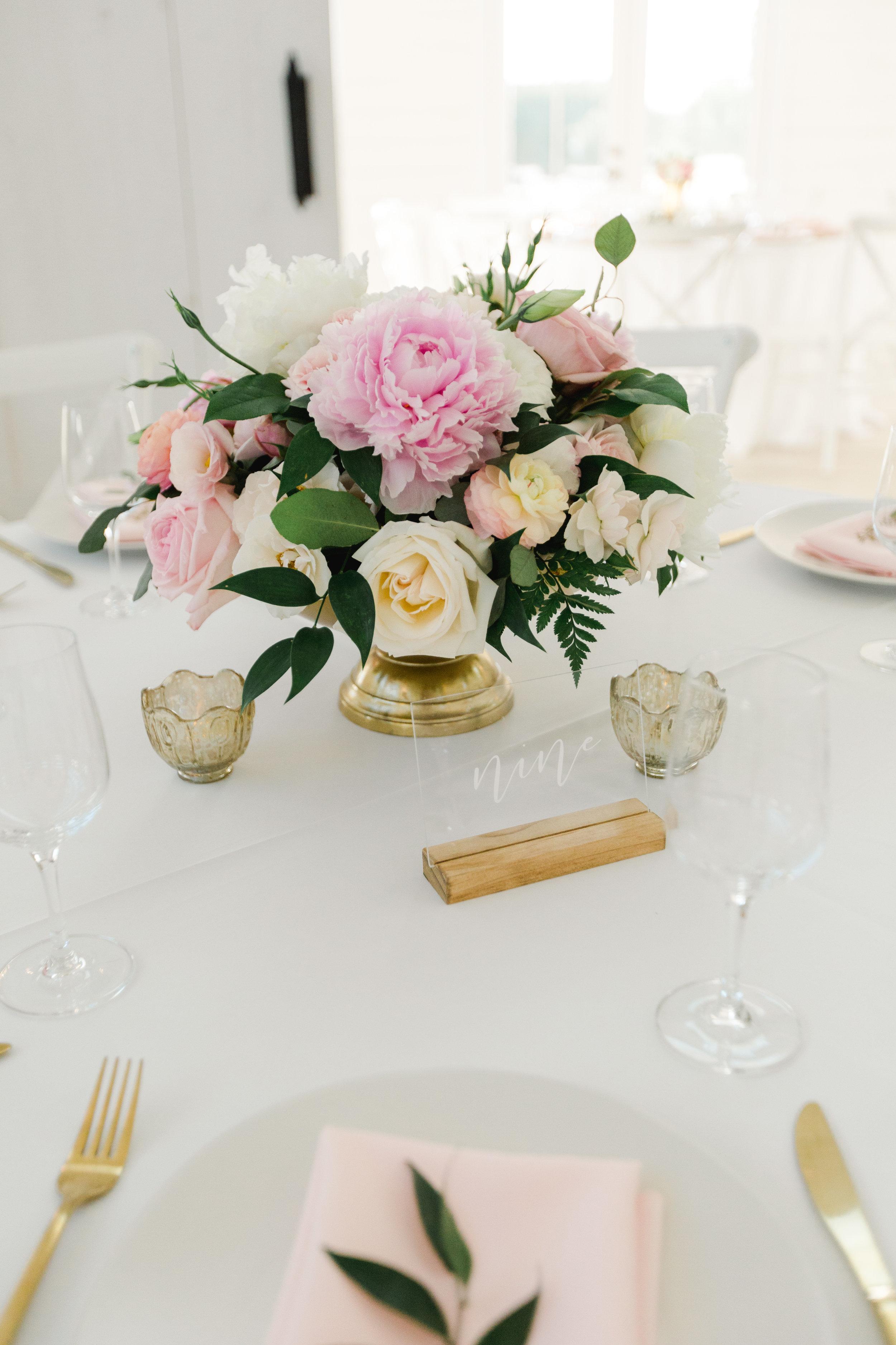 Idyllic Texas white farm wedding, by Dallas destination wedding photographer Tracy Enoch