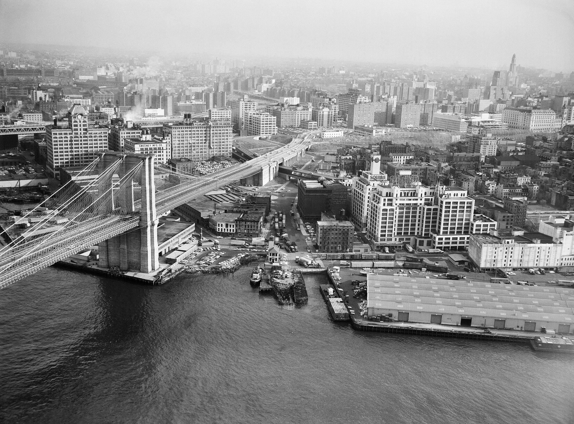 Brooklyn waterfront between Brooklyn & Manhattan Bridge, November 22, 1961