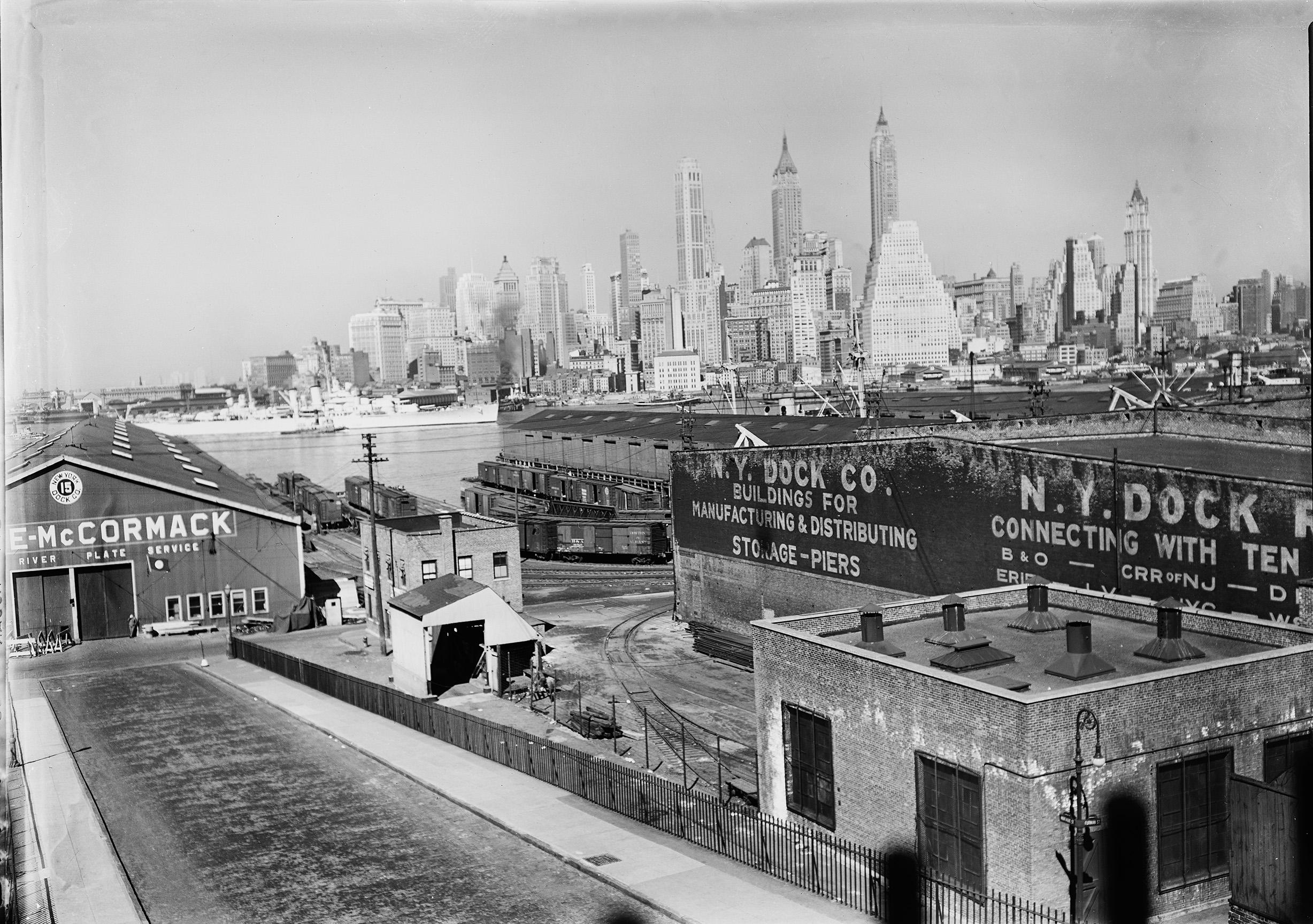 Brooklyn Piers near Fulton Street, Ralph de Sola, 1937
