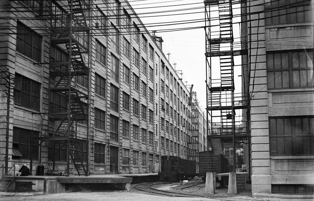 Bush Terminal Model Loft Buildings. 1935-41.  NYC Municipal Archives.