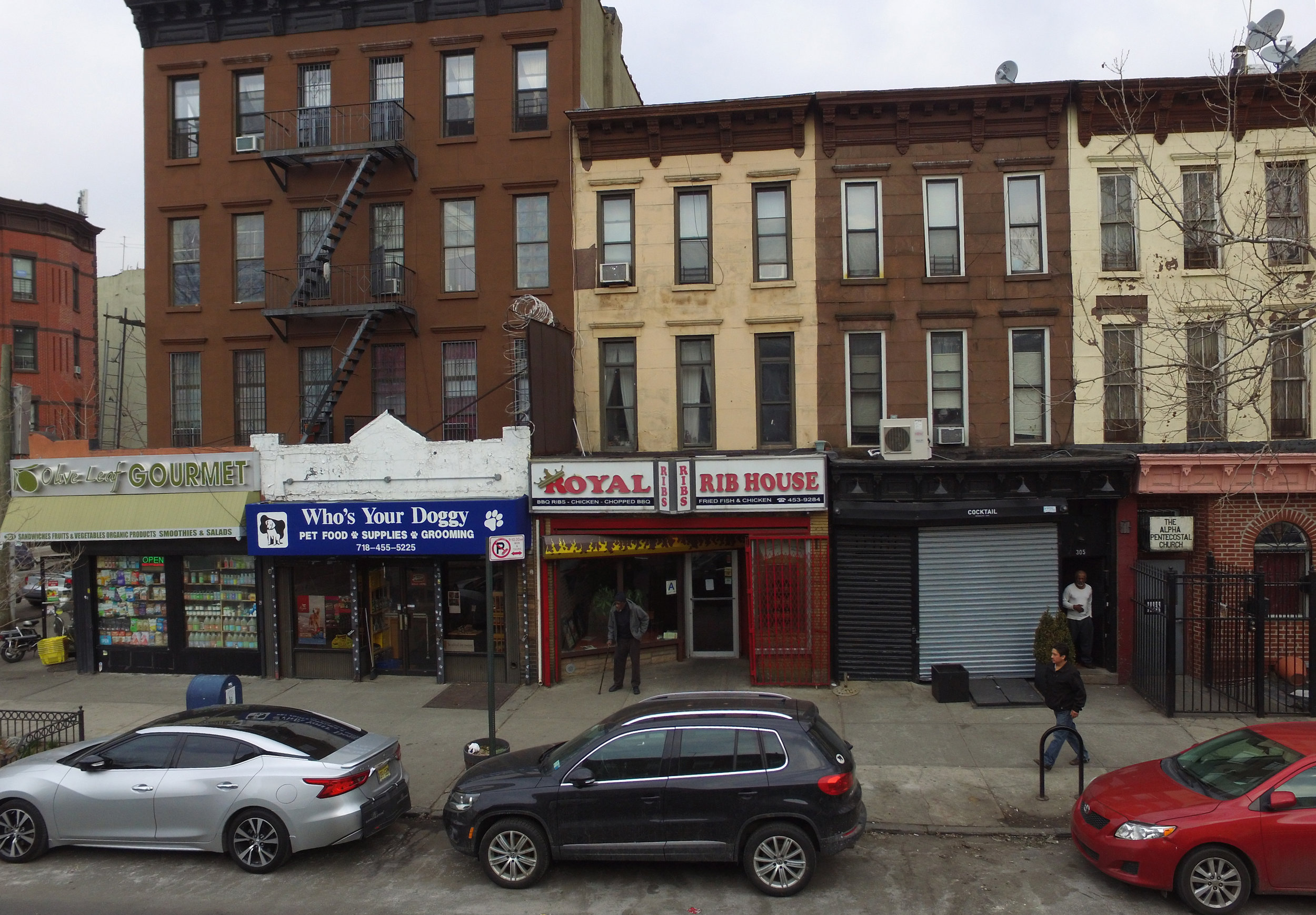 Royal Rib House, 303 Halsey St., Brooklyn. Photo:Darryl Montgomery, 2017.