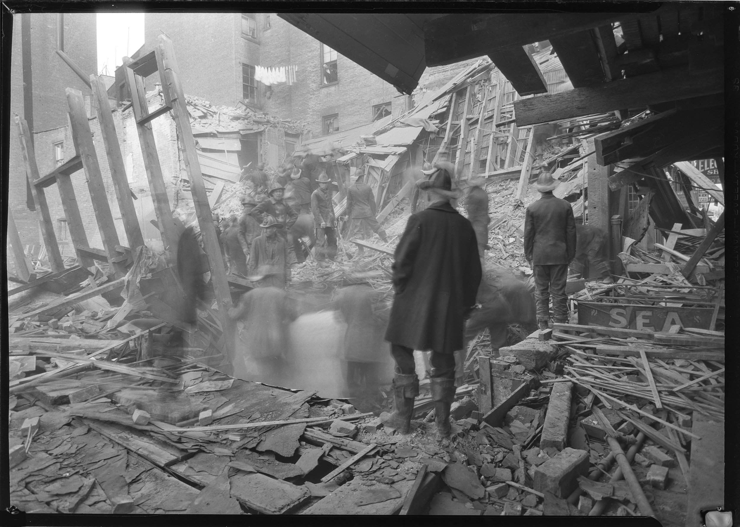 Building collapse, 15 Greenwich Ave., October 7, 1930