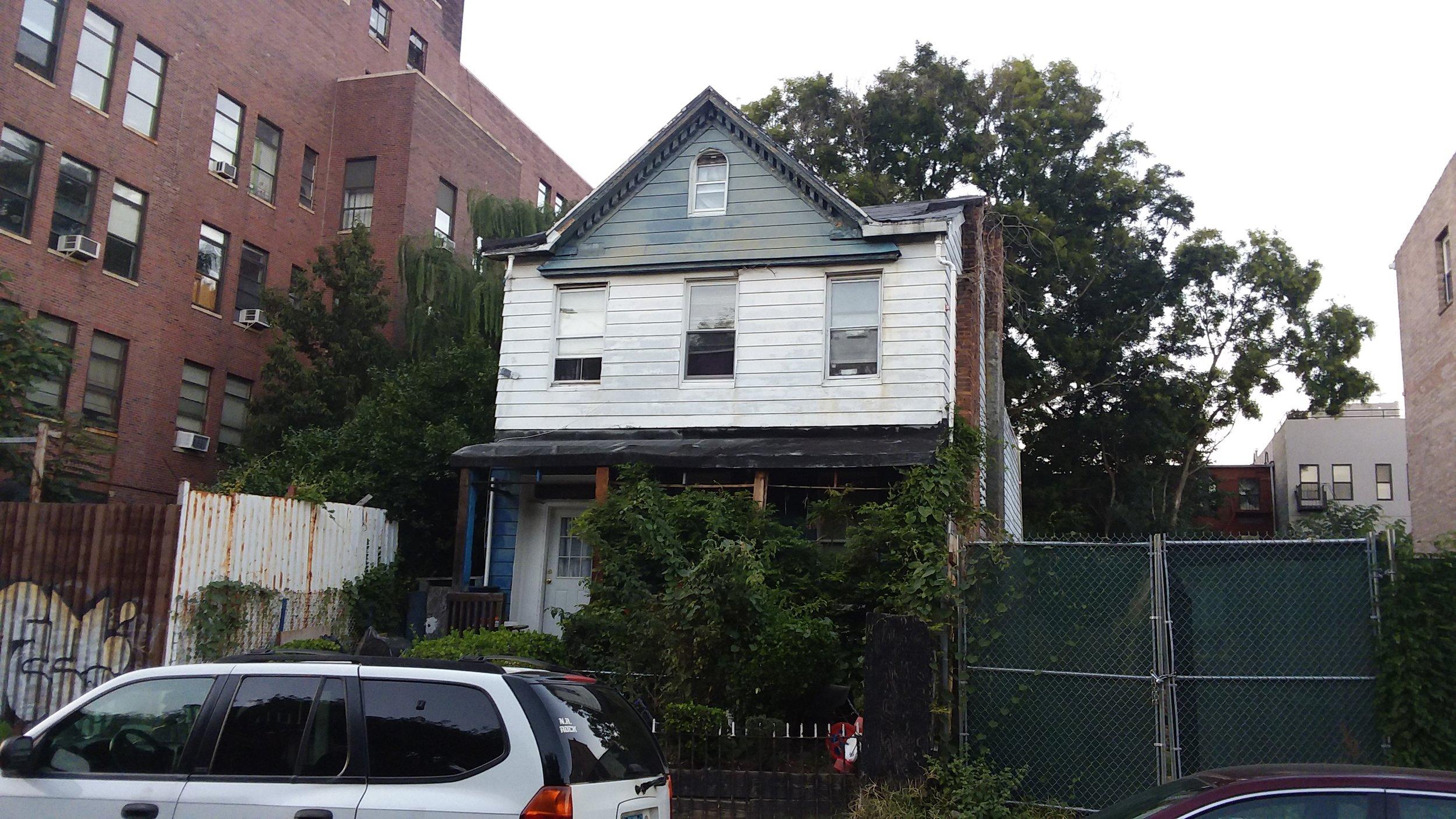 323-325 Clifton Pl., Brooklyn, NY. Photo: Darryl Montgomery.