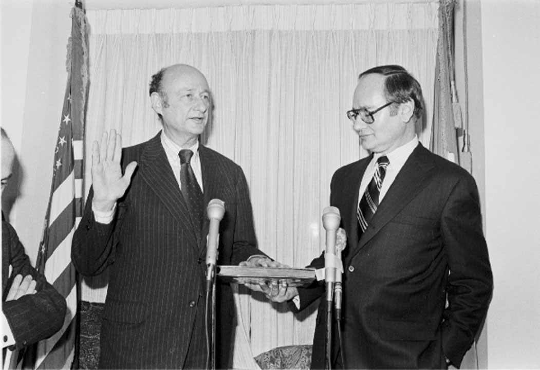 Edward Koch being sworn in as Mayor in a private ceremony, January 1, 1978. Mayor Koch Papers, NYC Municipal Archives.