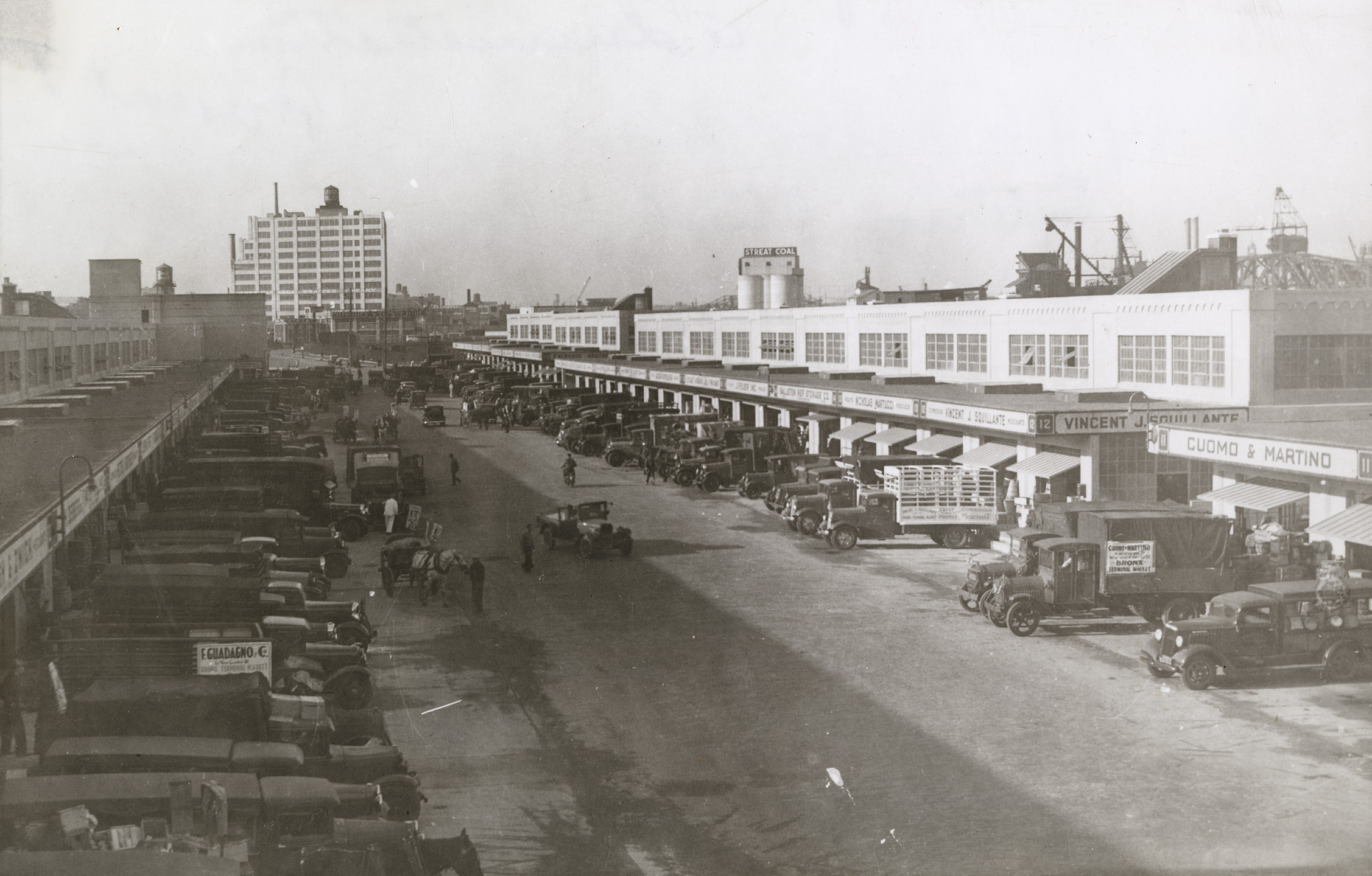 Bronx Terminal Market, Wholesale Stores, 1935. NYC Municipal Archives collection