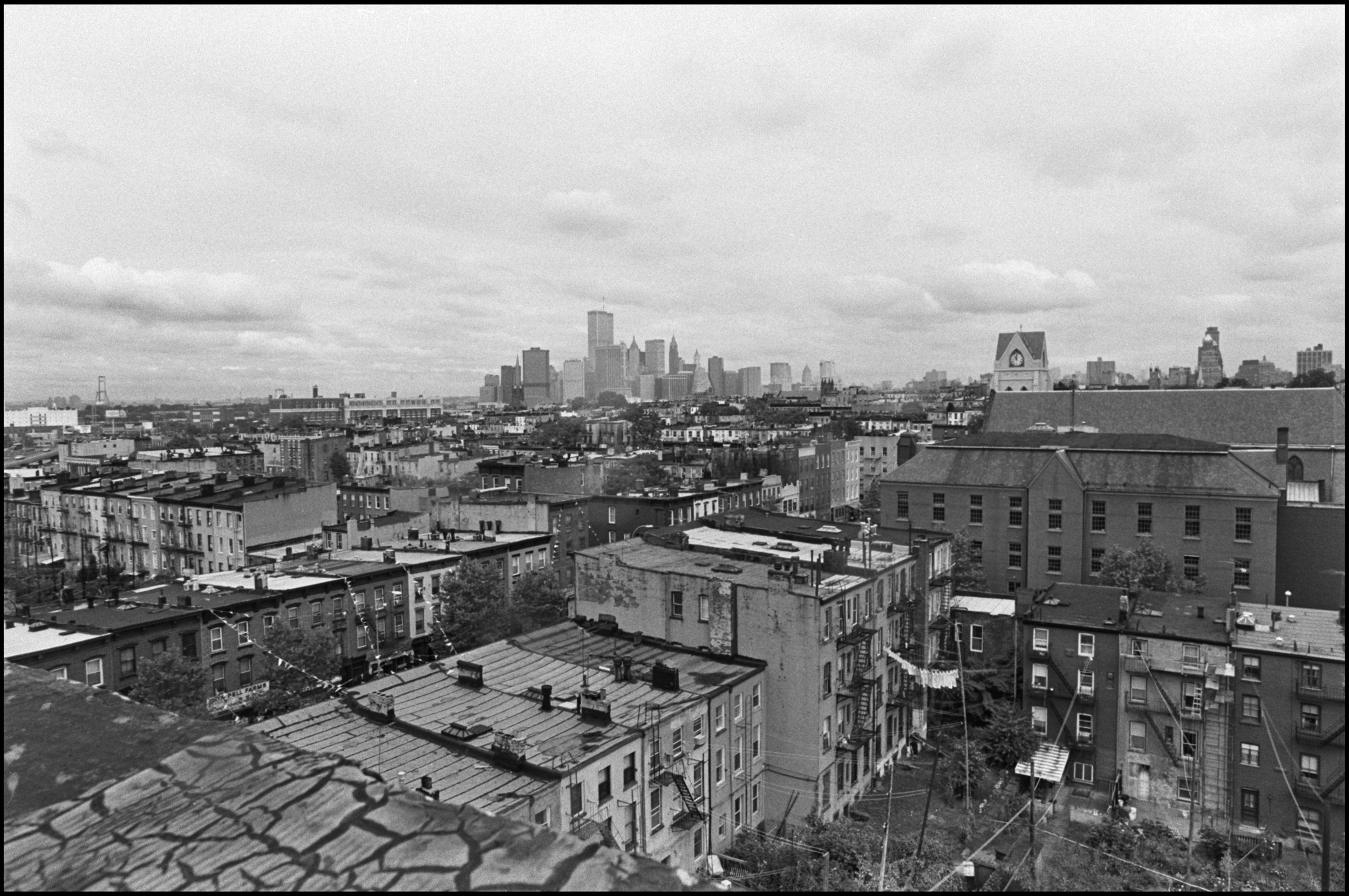 Manhattan and Brooklyn skyline, photographed from Carroll Gardens, Court Street, Brooklyn, October 1984. Photograph by Paul Rice and Leonard Boykin.