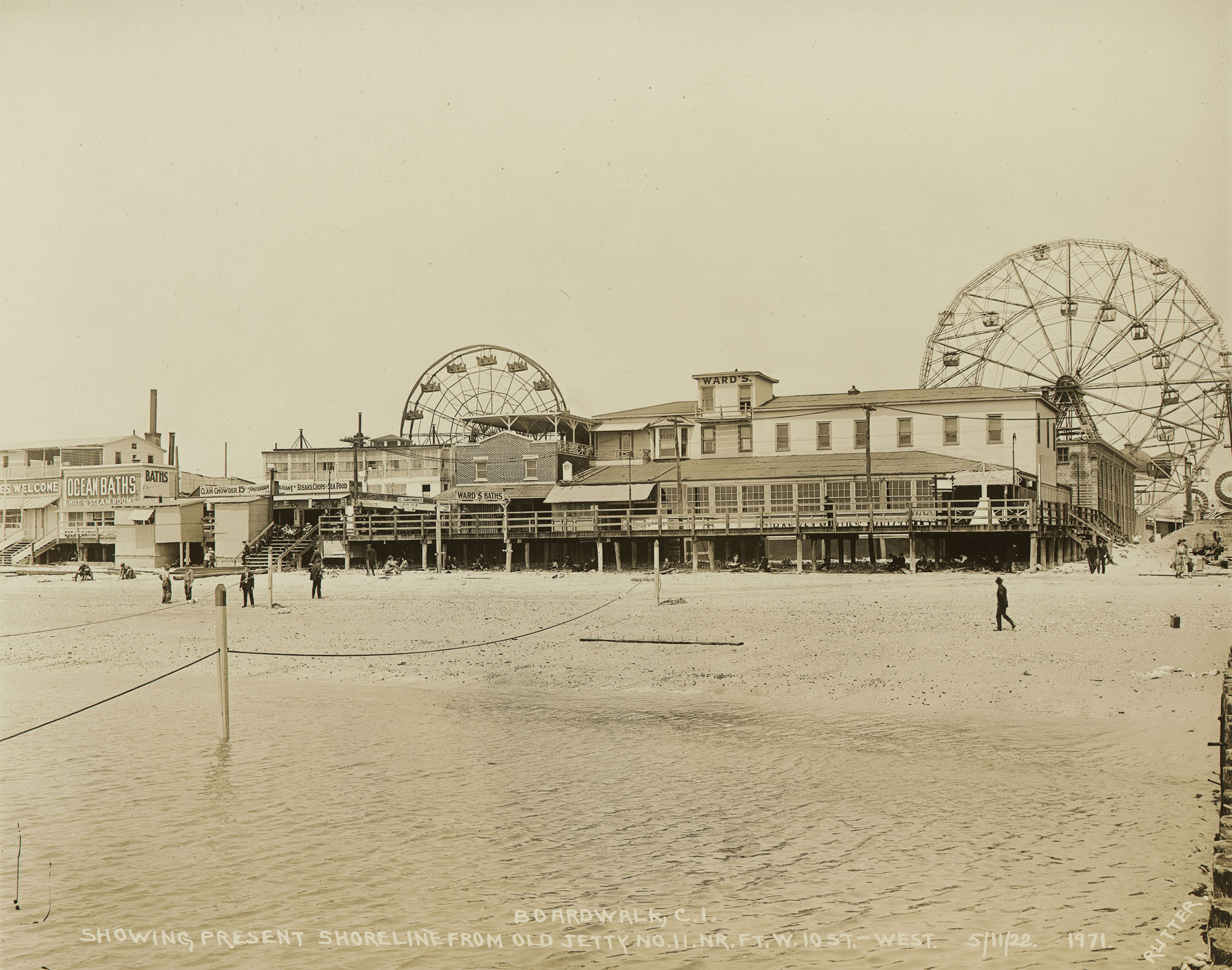 Coney Island Bathhouses and Ferris Wheels, May 11, 1922. Photo by E.E. Rutter, Borough President Brooklyn Collection, NYC Municipal Archives.