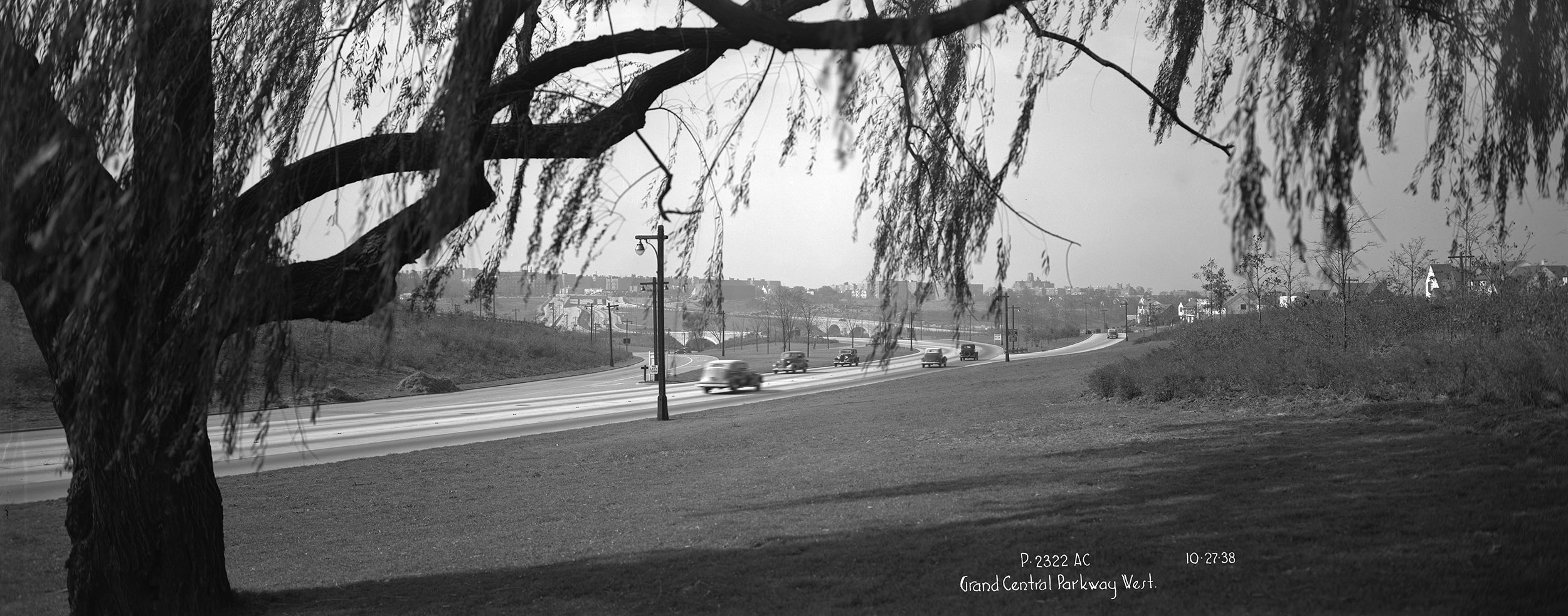 Grand Central Parkway, looking west, Queens, October 27, 1938. Borough President Queens Collection, NYC Municipal Archives.