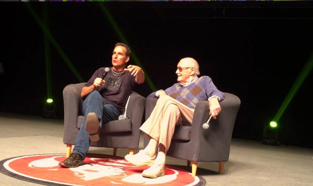 Todd McFarlane moderating Stan Lee's panel at the 2017 Calgary Expo   (Photo credit: Chris Doucher/GeekNerdNet.com)