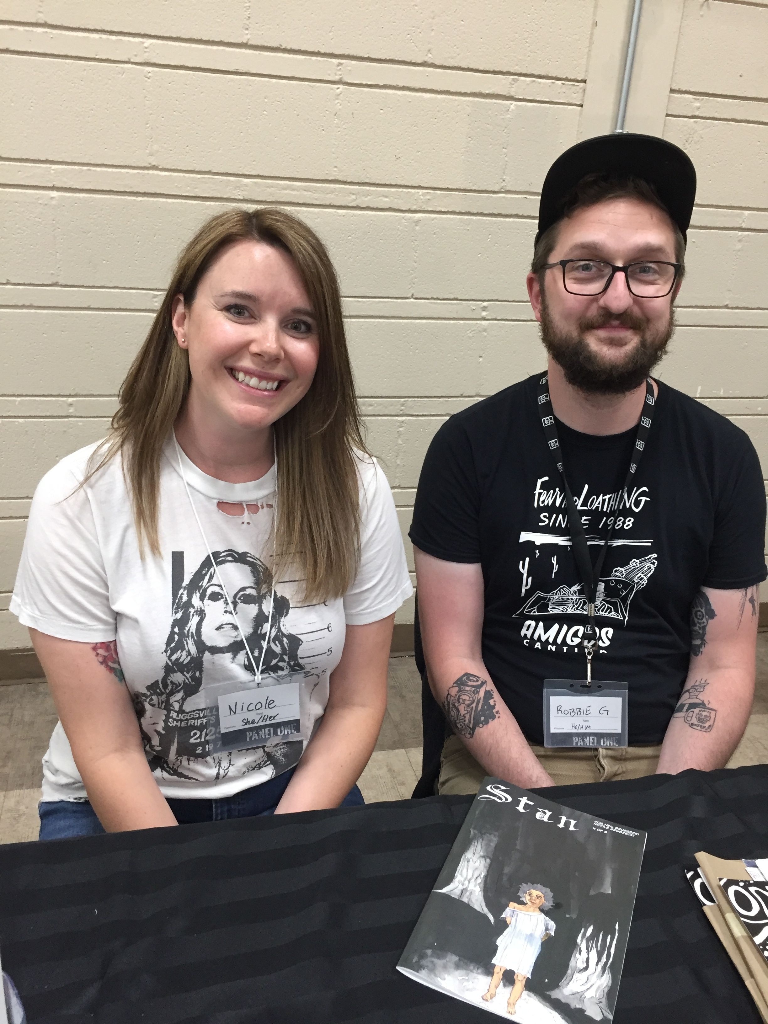 Nicole Gruszecki and Rob Gruszecki at the 2019 Panel One Comic Creator Festival  ( Photo credit: Chris Doucher/GeekNerdNet )
