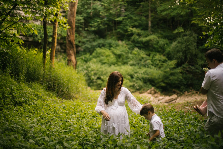 2019.06.04_PayneFamily_Maternity_Starks-20.jpg