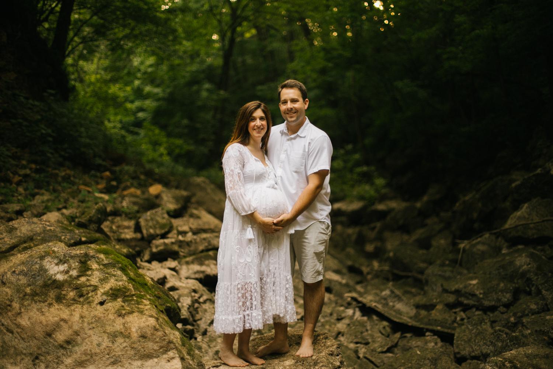 2019.06.04_PayneFamily_Maternity_Starks-36.jpg