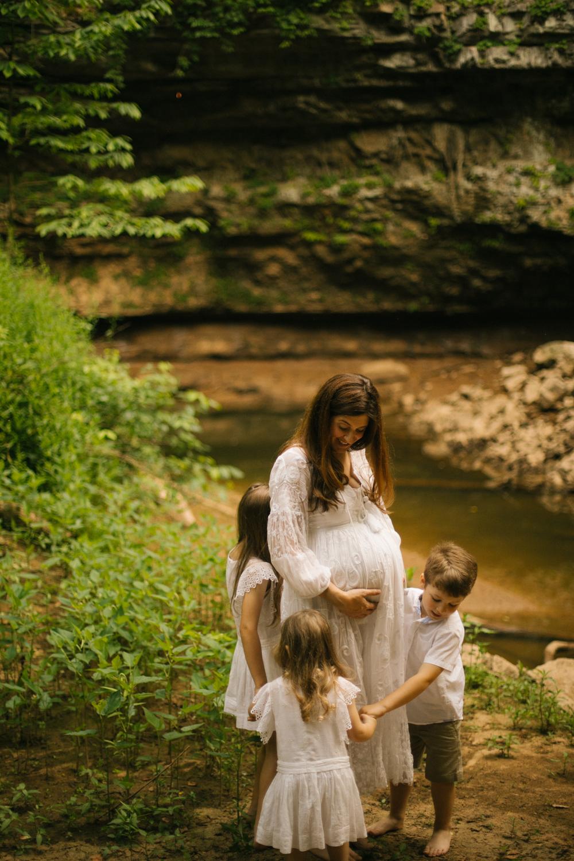 2019.06.04_PayneFamily_Maternity_Starks-53.jpg