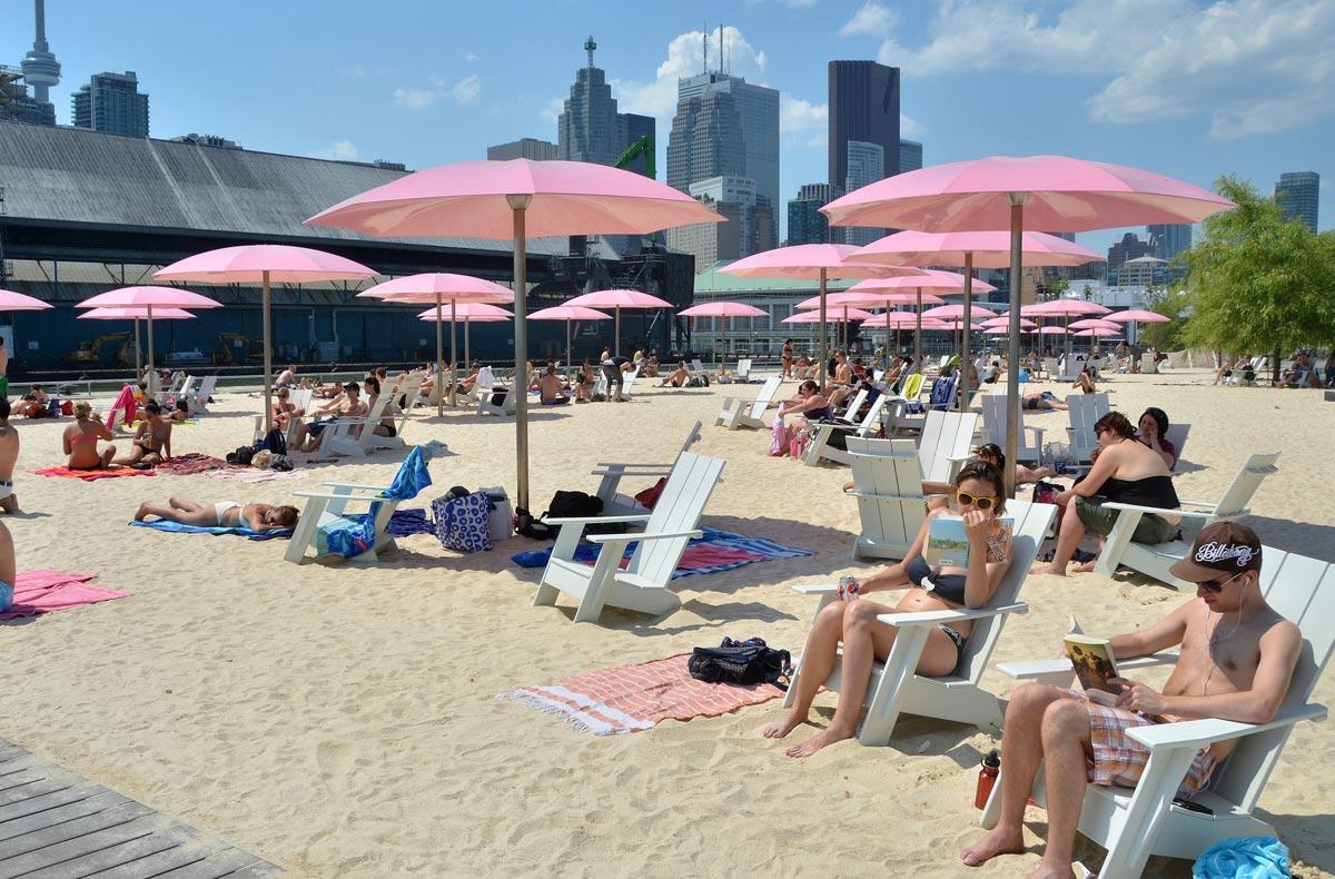 Sugar Beach. Photo by Claude Cormier + Associes.