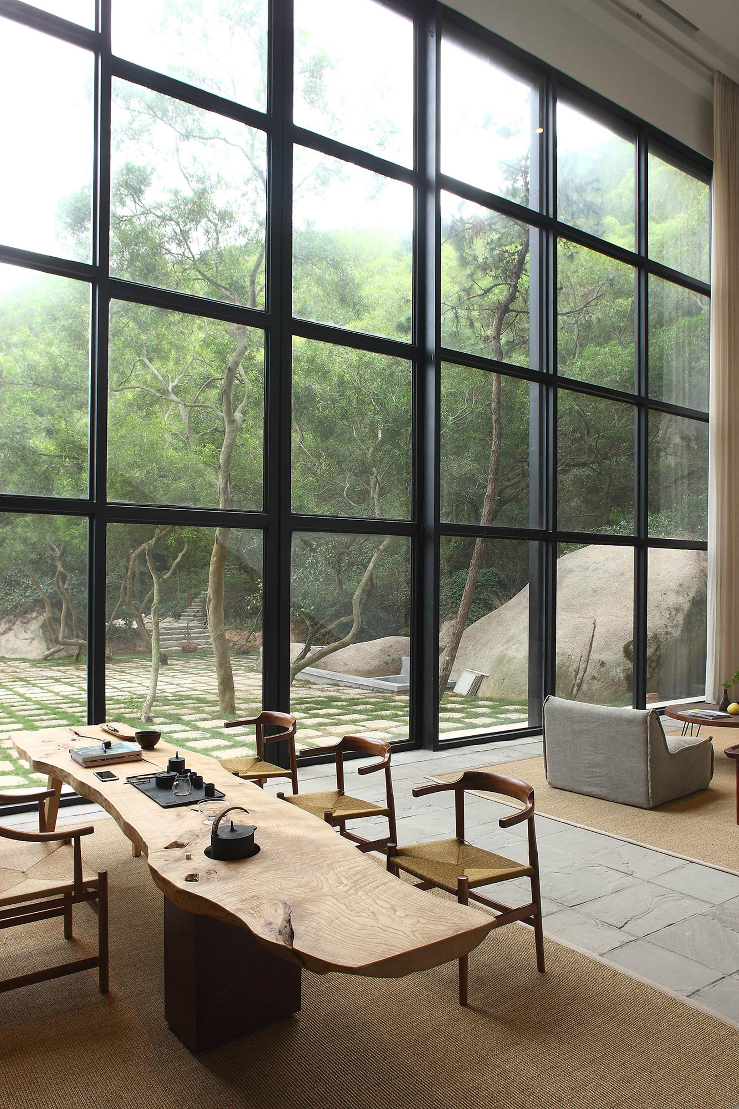 Natural Wabi Sabi elements in a modern home.