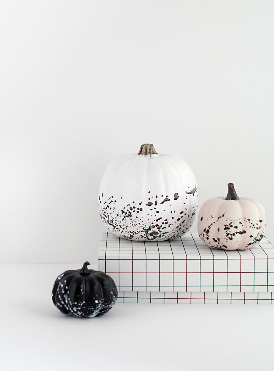 DIY Paint Splattered Pumpkins by    HomeyOhMy