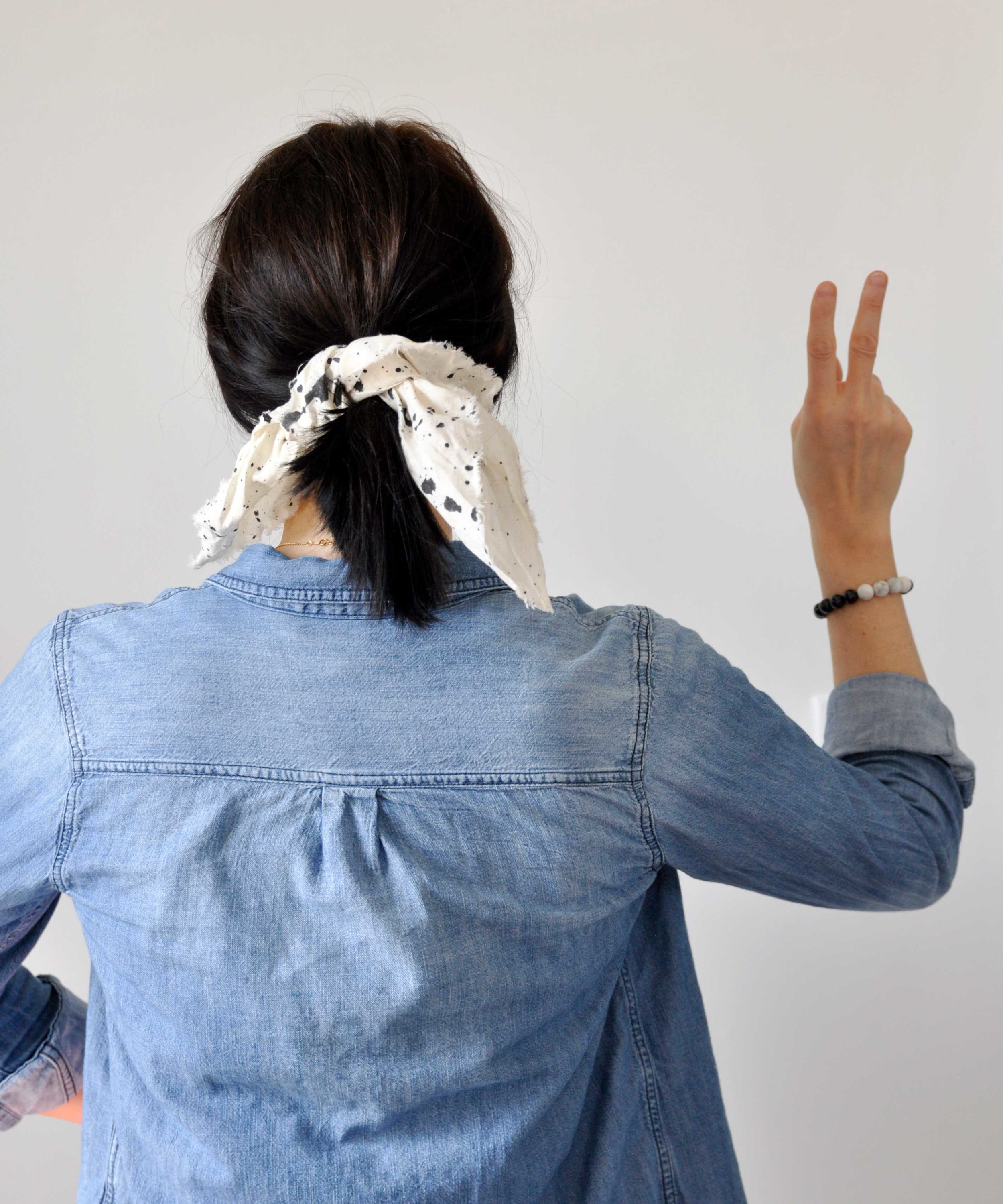 How To | Splatter Paint Knotted Hair Tie