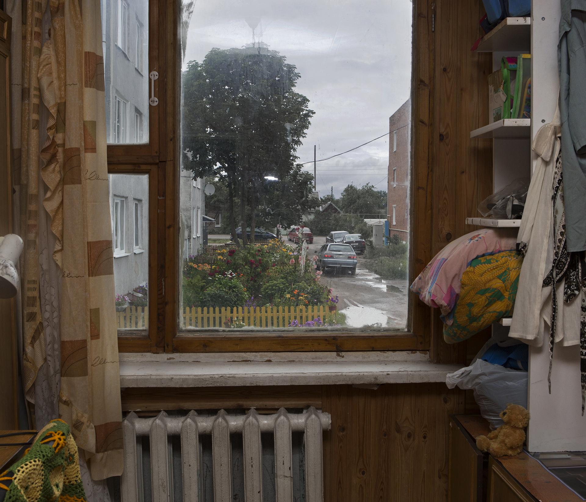 jadwiga bronte.old red.belarus.misk.soviet union.window.jpg