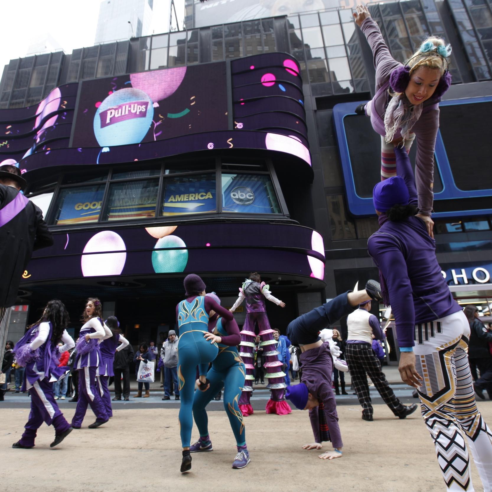 Billboard_Balloons.jpg