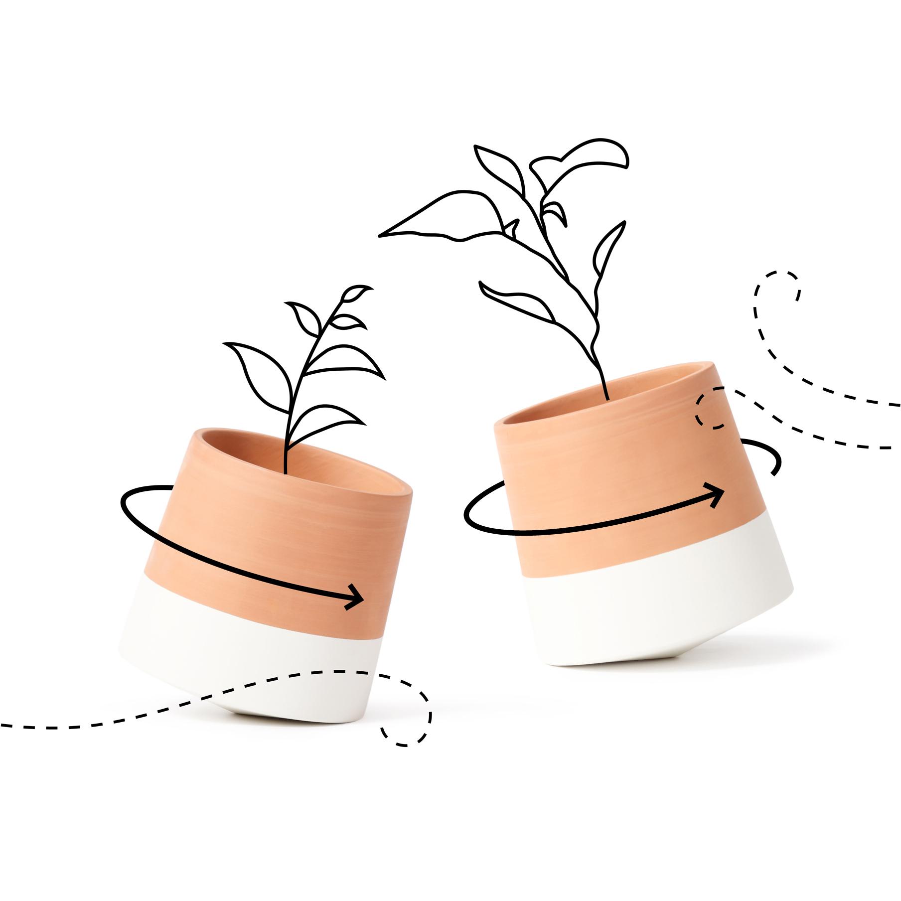 Ettersom vinden blåser og tar tak i plantene, vil krukken snurre rundt sin egen akse og skape liv på terrassen. Med frisk rosmarin på kjøkkenbenken eller på bordet vil bevegelsene gjøre at det lukter ekstra godt i hjemmet!