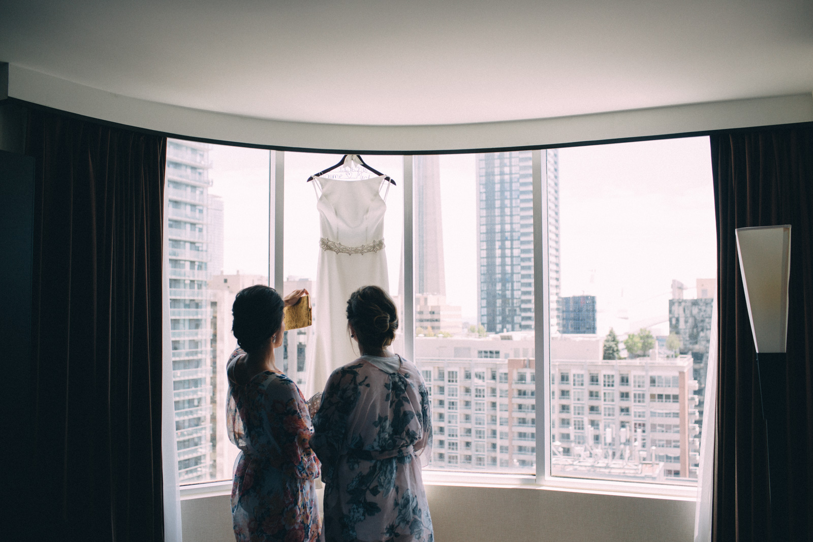 Malaparte-wedding-photography-Toronto-by-Sam-Wong-of-Artanis-Collective_08.jpg
