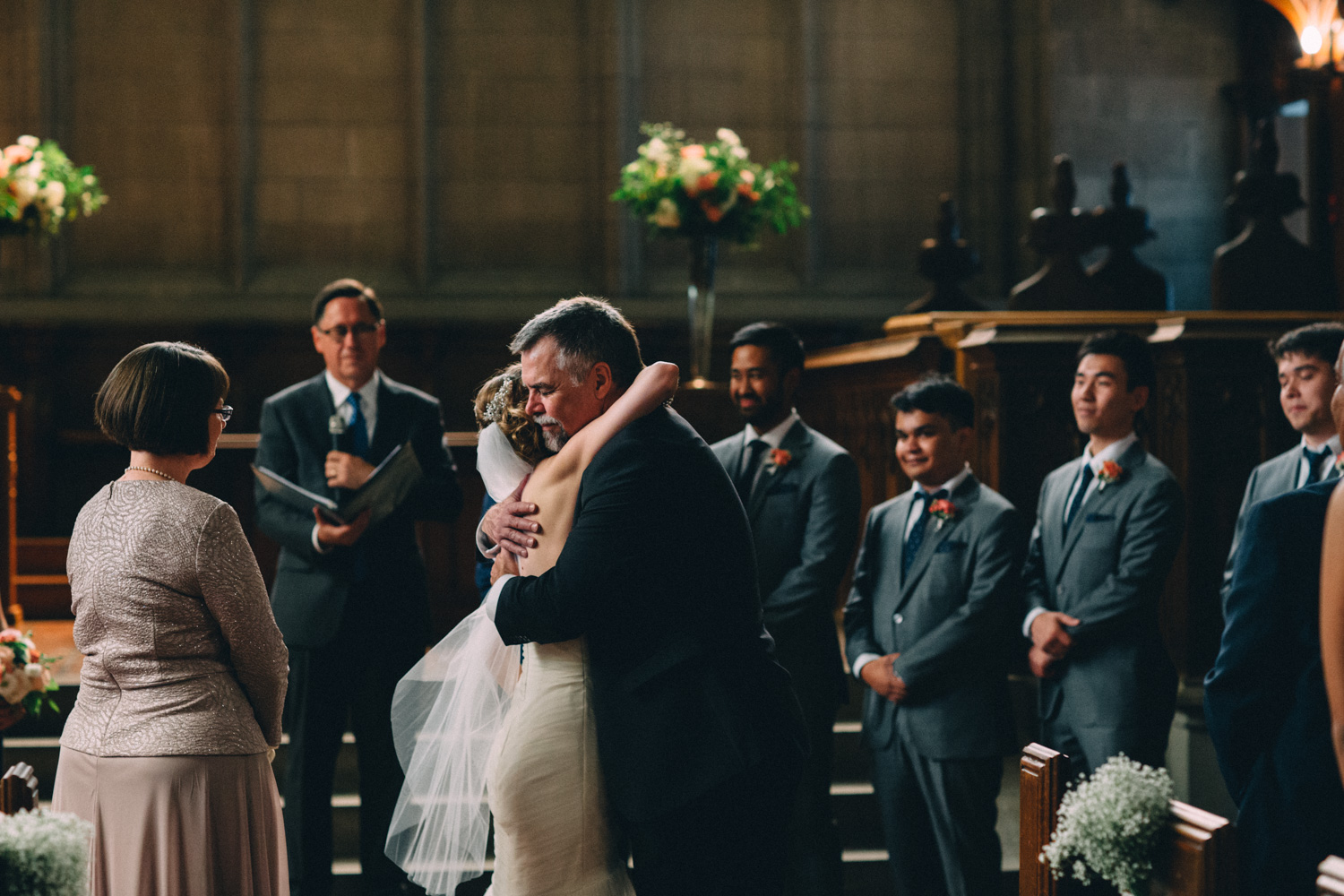 Knox-College-Toronto-wedding-photos-by-Sam-Wong-of-Artanis-Collective_28.jpg