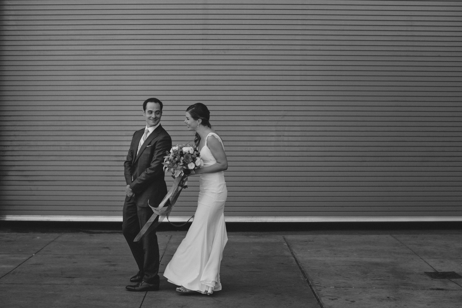 Steam-Whistle-Brewery-wedding-photos-Toronto-wedding-photography-by-Sam-Wong-of-Artanis-Collective_18.jpg