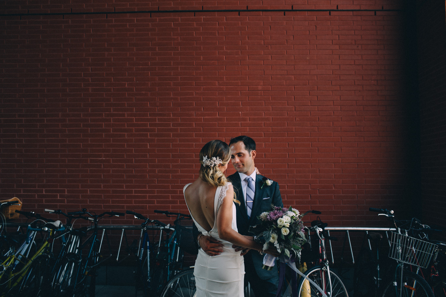 Steam-Whistle-Brewery-wedding-photos-Toronto-wedding-photography-by-Sam-Wong-of-Artanis-Collective_31.jpg