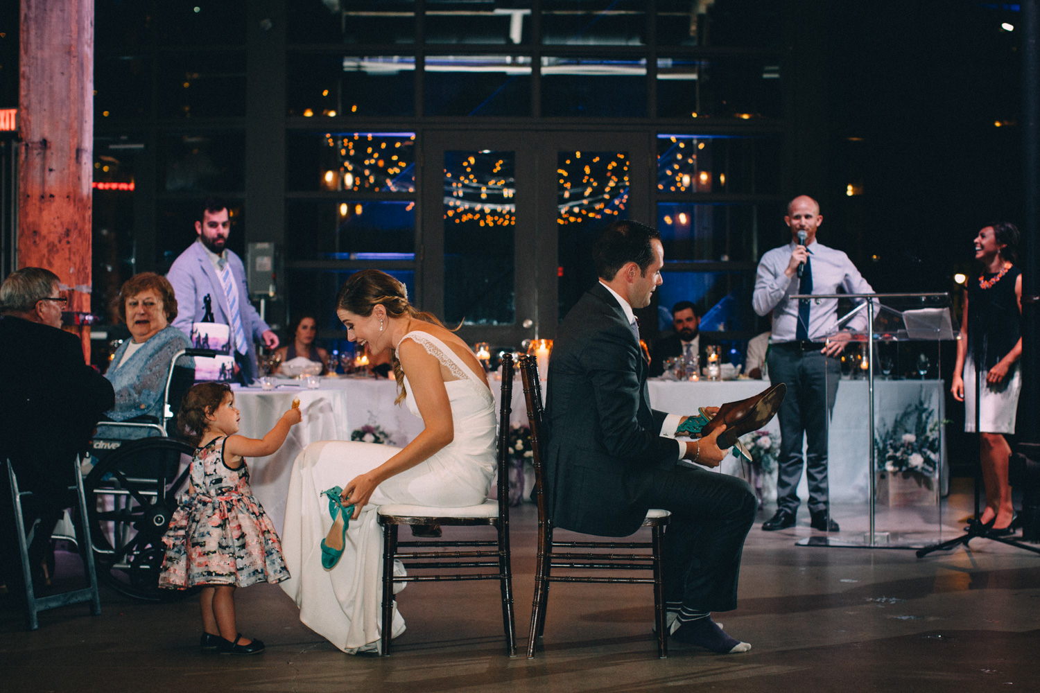Steam-Whistle-Brewery-wedding-photos-Toronto-wedding-photography-by-Sam-Wong-of-Artanis-Collective_53.jpg