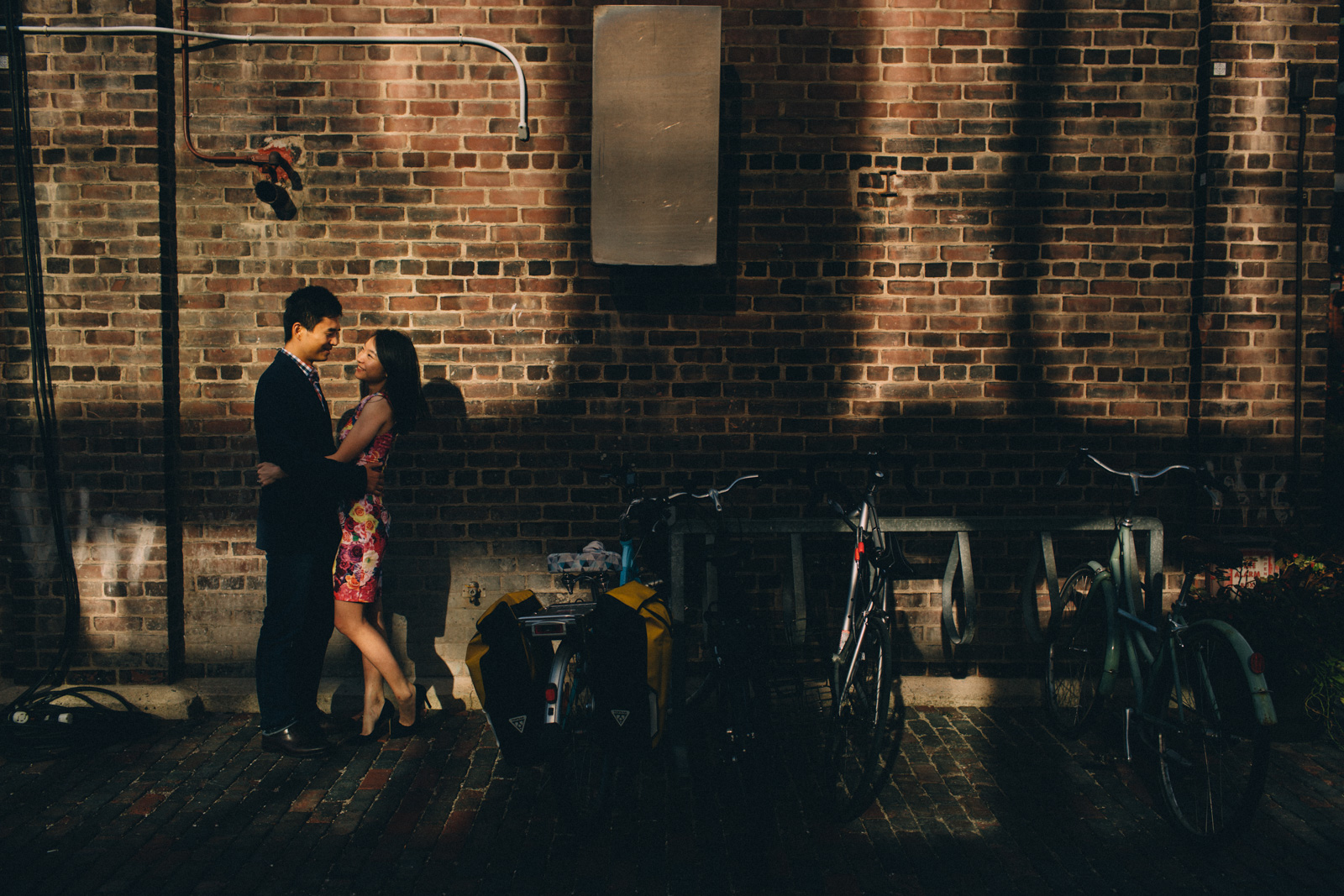 Distillery-District-engagement-photos-Toronto-wedding-photography-by-Sam-Wong-of-Artanis-Collective_002.jpg