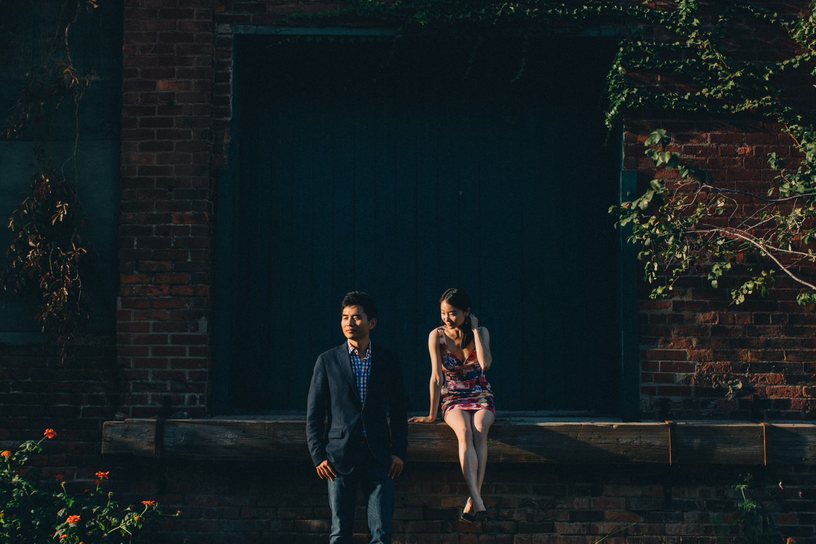 Distillery-District-engagement-photos-Toronto-wedding-photography-by-Sam-Wong-of-Artanis-Collective_009.jpg