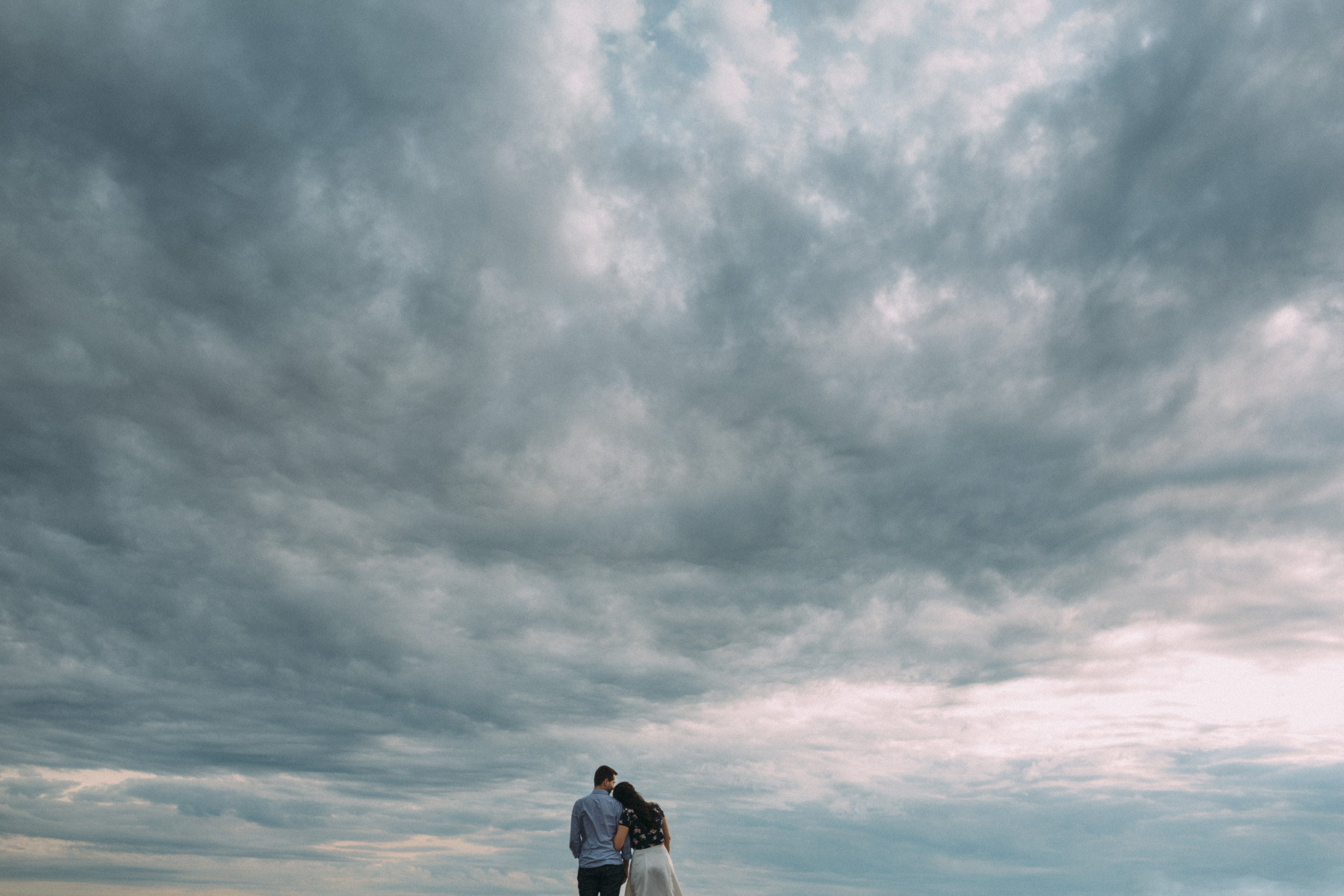 modern-Toronto-engagement-photography-Esplanade-by-Artanis-Collective-wedding-photographer-Sam-Wong_01.jpg