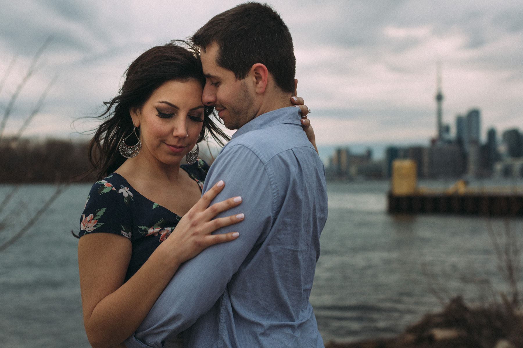 modern-Toronto-engagement-photography-Esplanade-by-Artanis-Collective-wedding-photographer-Sam-Wong_05.jpg