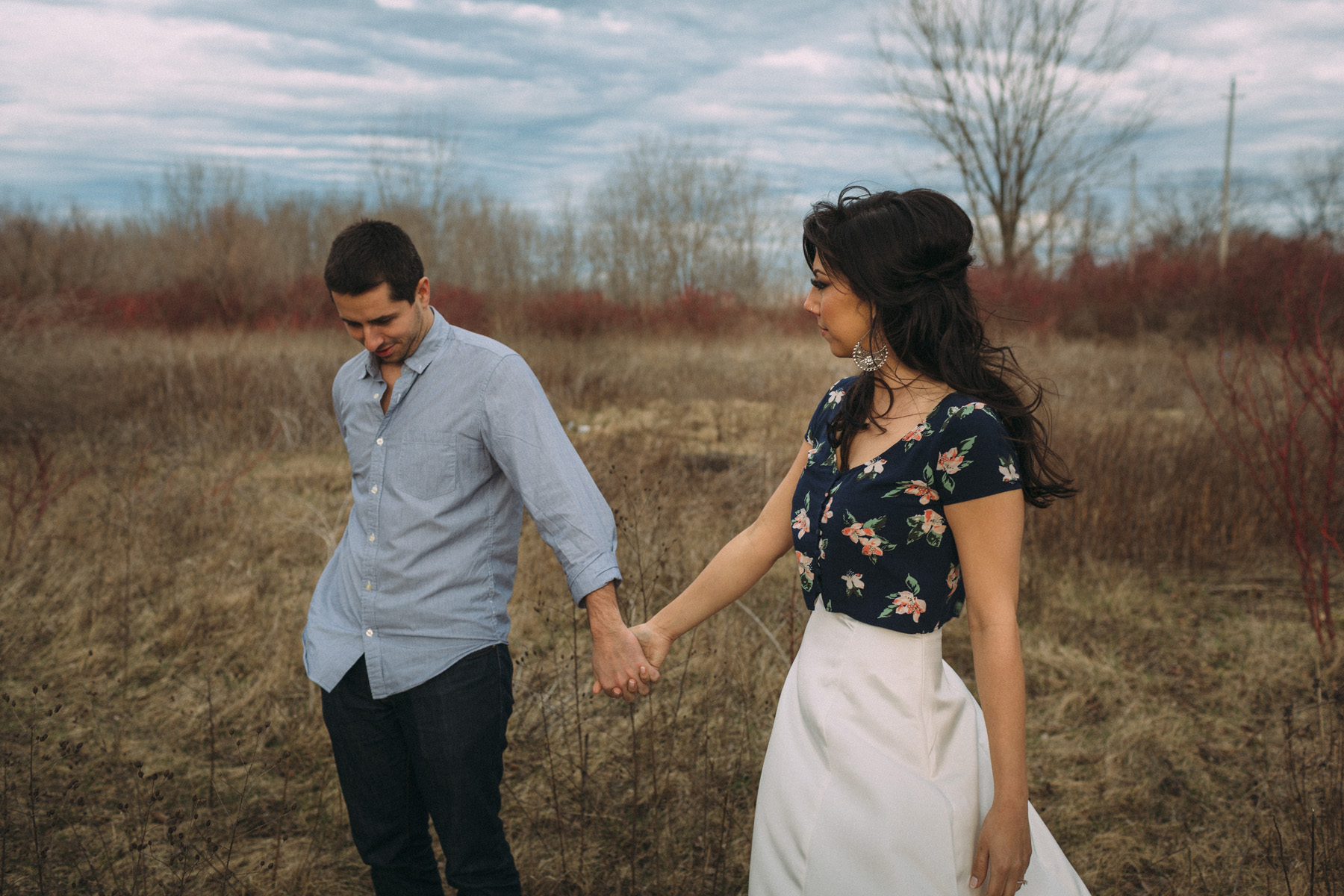 modern-Toronto-engagement-photography-Esplanade-by-Artanis-Collective-wedding-photographer-Sam-Wong_08.jpg