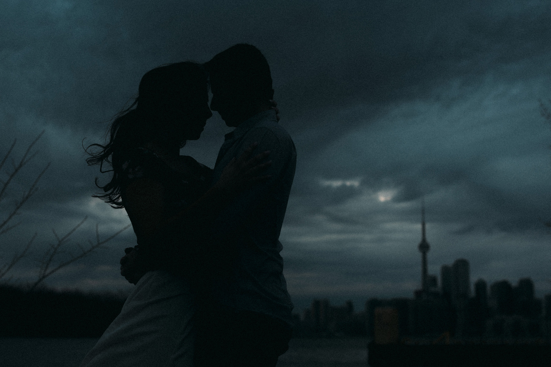 modern-Toronto-engagement-photography-Esplanade-by-Artanis-Collective-wedding-photographer-Sam-Wong_11.jpg