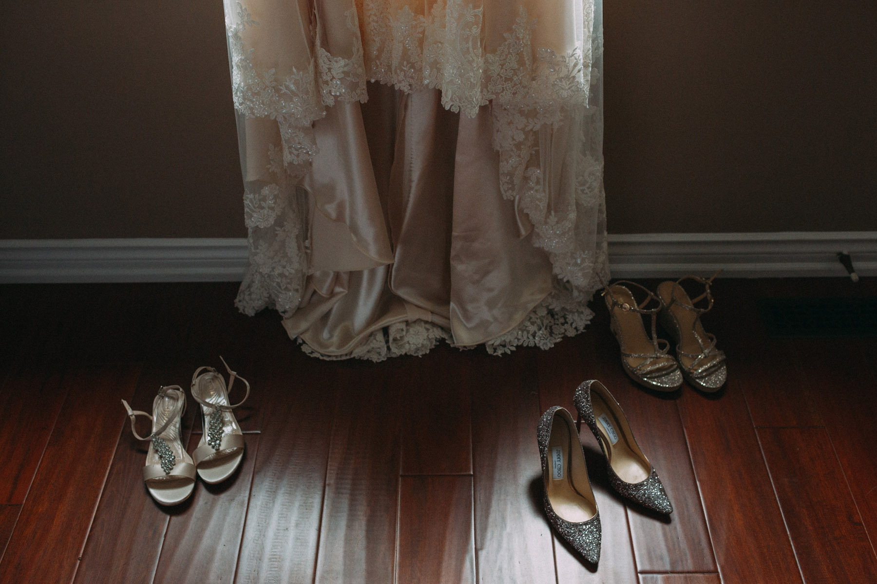 Harding-Waterfront-Estate-Mississauga-wedding-photography-by-Sam-Wong-of-Artanis-Collective_03.jpg